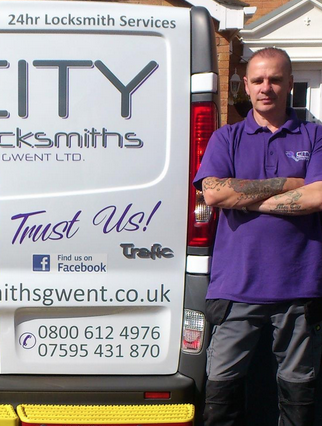 Nick Local Door Repairs Cardiff